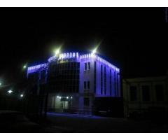 :: فروش چراغ و پروژکتورهای ال ای دی و اجرای نورپردازی نما